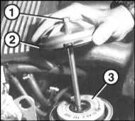 3.6 Wymiana szkieletowego oleju i filtra oleju BMW 3 (E46)