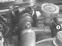 5.1.6 Wymontowanie i zamontowanie wentylatora/ obudowy wentylatora BMW 3 (E46)