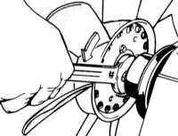 5.1.7 Wymontowanie i zamontowanie wentylatora z lepkich sprzęgłem BMW 3 (E46)