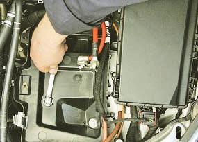 как снять батарея astra h